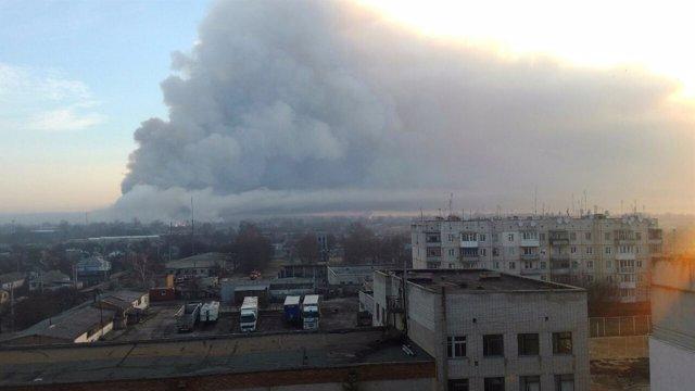 Incendio en un depósito de armas en el este de Ucrania