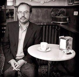 Avelino Fierro presenta sus inquietudes literarias y sus reflexiones en la Fundación Segundo y Santiago Montes