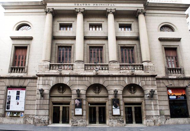 Fachada del Teatro Principal de Valencia.