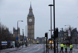 El alcalde de Londres convoca una vigilia en la plaza de Trafalgar por las víctimas del atentado