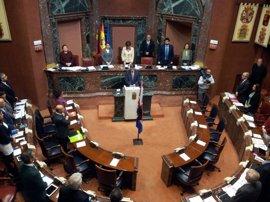 Pleno de la Asamblea Regional de Murcia guarda un minuto de silencio por el atentado de Londres