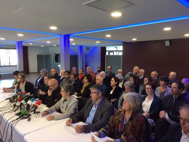 Rueda de prensa del 'grupo de Luhuso' en Baiona