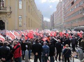 UGT y CCOO irán a la huelga general si Gobierno y patronal no atienden sus peticiones