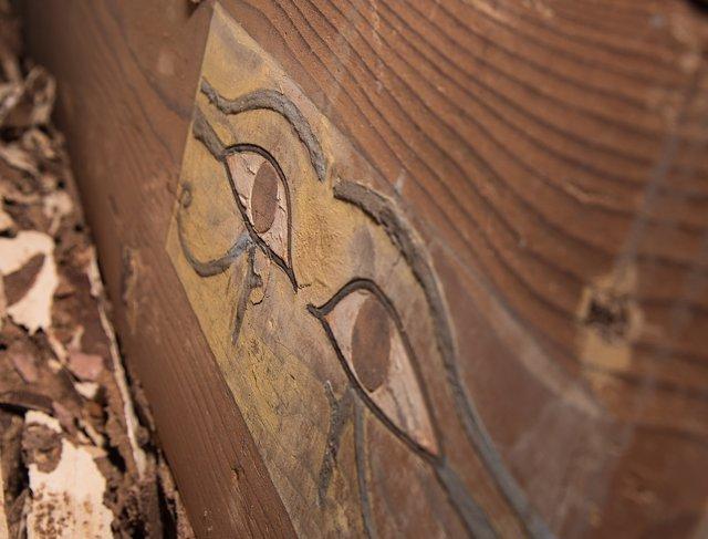 Decoración en el ataud de Shemai, hermano de un gobernador de Elefantina.