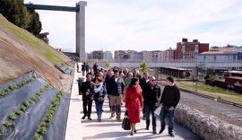 La Peña del Cuervo estrena conexión peatonal con la pasarela de Castilla-Hermida