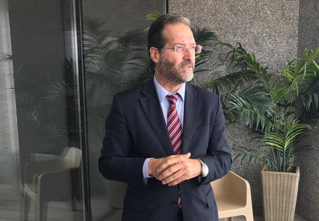 El director de Telefónica en Canarias, Juan Flores