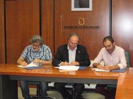 FE-CCOO pide al Govern que aumente a 400 las plazas de oposición para los docentes