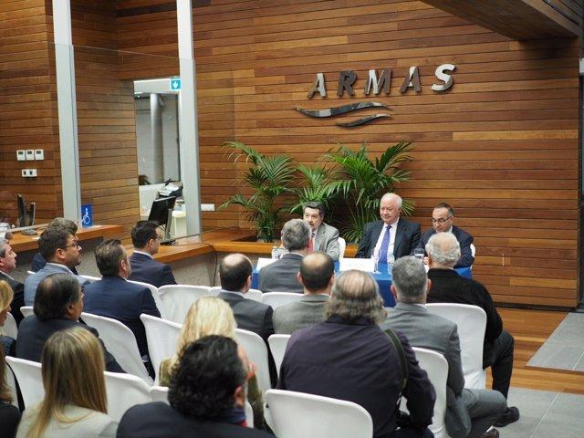 El presidente del puerto de Huelva, Javier Barrero, en la sede de Armas.