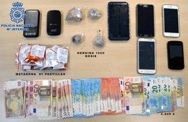 Detenidas seis personas y desmantelado un punto de venta de drogas en Santiago