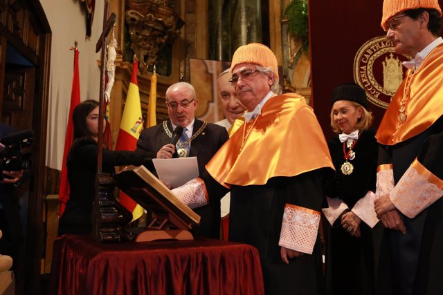 Manuel Lao Hernández,durante la investidura