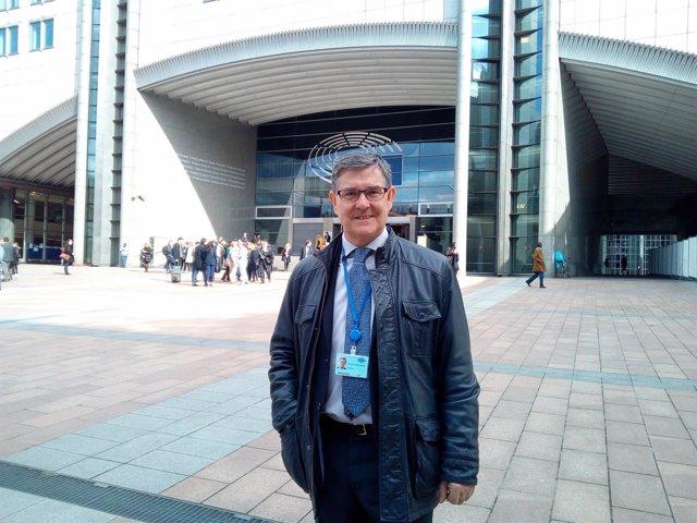 El consejero Vicente Guillén en Bruselas