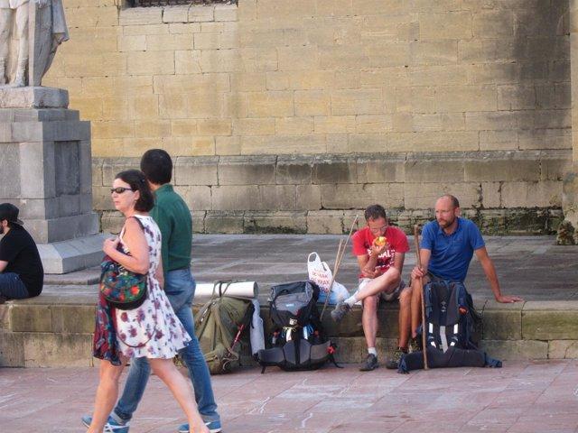 Peregrinos del Camino. Turistas