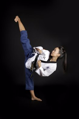 Laura Kim, tricampeona del mundo de taekwondo