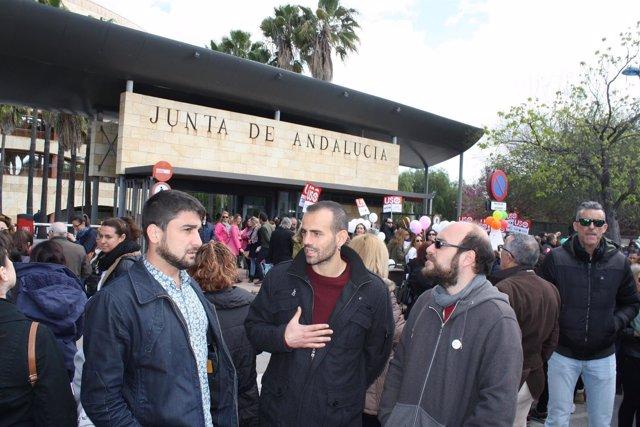 Ismael Sánchez y Miguel Ángel Bustamante en la movilización