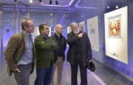 Inauguración de la exposición de poemas visuales 'Mírala poesía-Mira la poesía' de Pablo del Barco