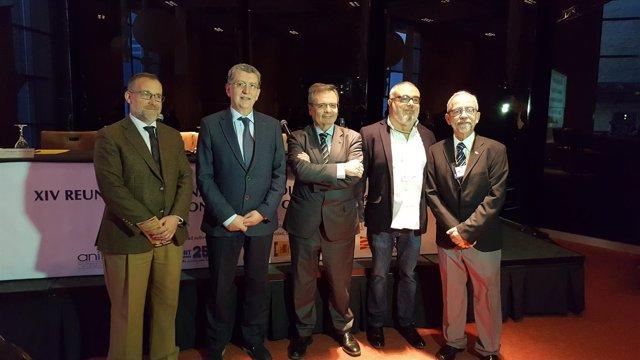Autoridades en la inauguración de la Reunión sobre Trasplantes en Zaragoza
