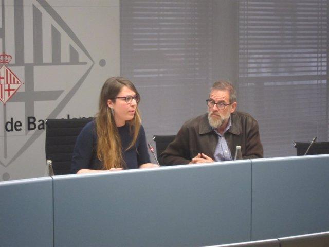 La teniente de alcalde Janet Sanz y el gerente Jordi Campillo