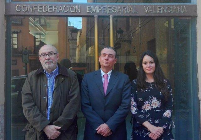 Alcaraz presenta a la CEV la futura Ley de Lobbies