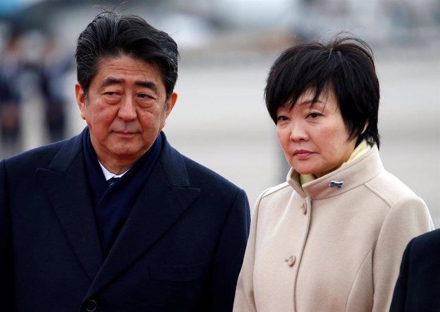 Primer ministro de Japón y su esposa, Shinzo y Akie Abe