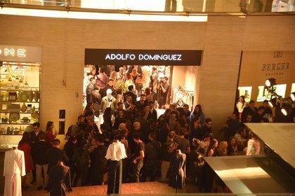 Adolfo Domínguez impulsa su presencia en América, donde alcanza las 165 tiendas