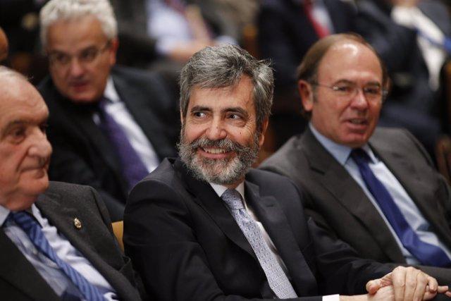 Lesmes y García Escudero en la toma de posesión de los nuevos magistrados del TC