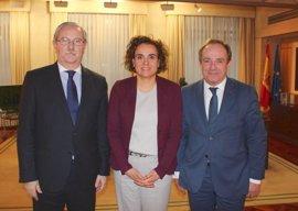 Dolors Montserrat se reúne con el nuevo presidente de la OMC para tratar los principales problemas sanitarios