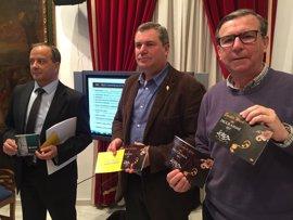 Turismo repartirá 21.000 programas en español e inglés con toda la información de la Semana Santa de Lorca
