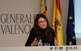 """Oltra defiende los asesores """"con luz y taquígrafos"""" del Consell frente a la """"caterva de zombis"""" en gobiernos del PP"""