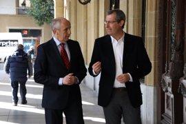 """Gobierno vasco y Diputación de Gipuzkoa instan al Ejecutivo central a que """"levante el veto"""" a la realización de OPEs"""