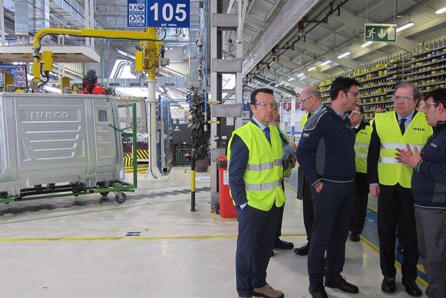 Valladolid. Herrera en la planta de Iveco en Valladolid