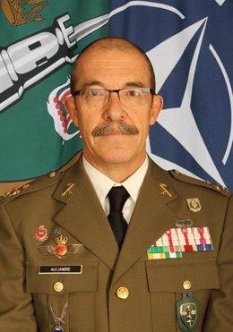 El teniente general Fernando Alejandre