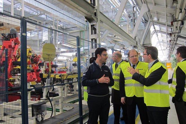 Valladolid. Herrera visita la planta de Iveco