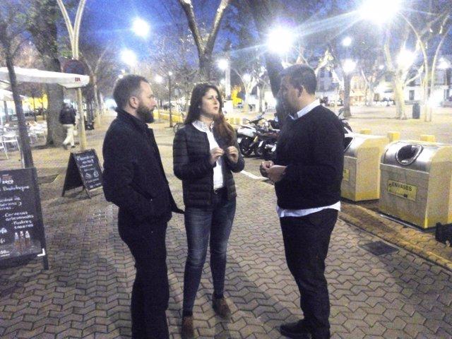 Susana Serrano se reune con comerciantes de la Alameda