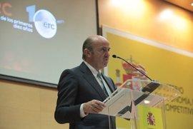 """Guindos reclama """"más protagonismo"""" para la ciencia española y que se vea reflejado en el modelo productivo"""