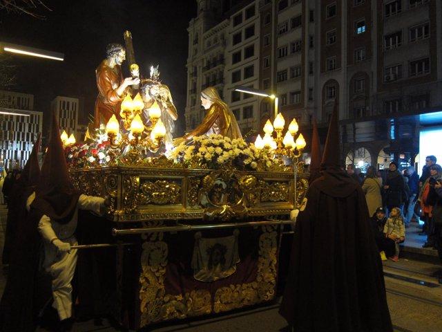 Procesión en Zaragoza, Semana Santa, cofradía, cofradías, cofrades, paso, imagen