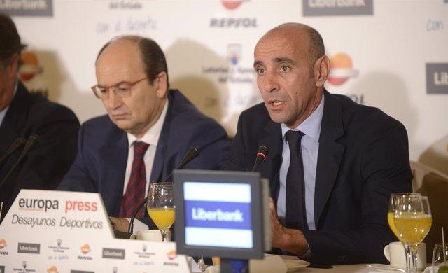 Monchi en los Desayunos Deportivos de Europa Press