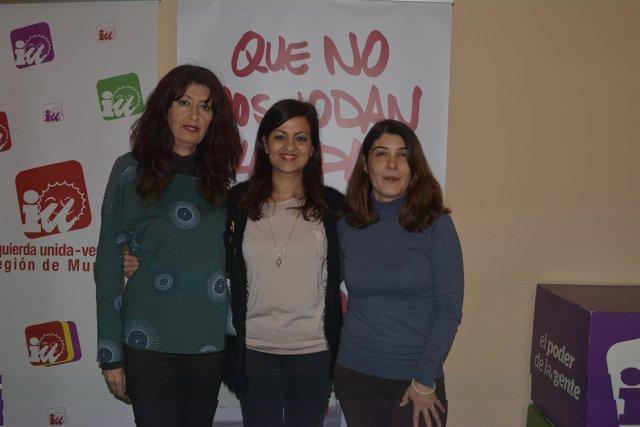 De izquierda a derecha, Victoria Rodríguez, Sira Rego y Magdalena Martínez Bode