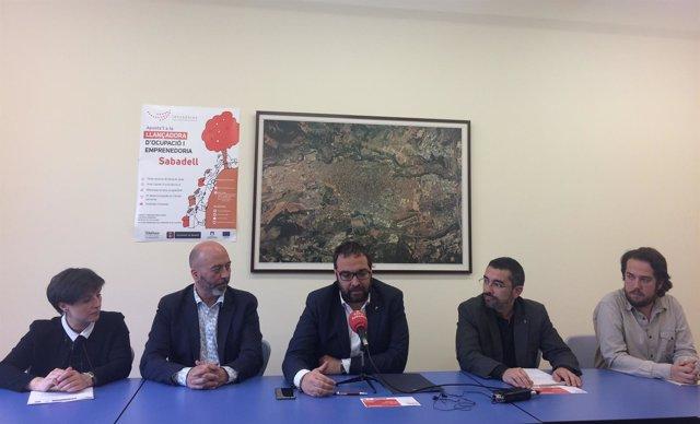 El alcalde de Sabadell, Juli Fernàndez, durante la presentación de la Lanzadera