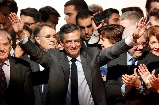 François Fillon en un acto electoral