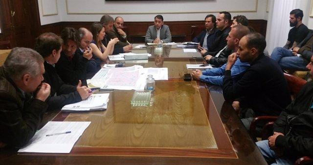 Reunión entre el Ayuntamiento y los empresarios