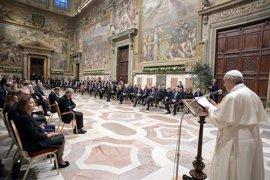 """El Papa defiende ante los líderes europeos que la solidaridad es """"el mejor antídoto contra los populismos"""""""
