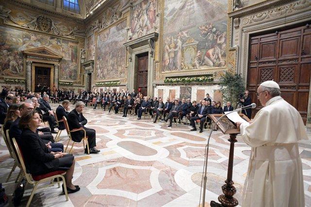 El Papa reúne a los líderes de la UE en el Vaticano