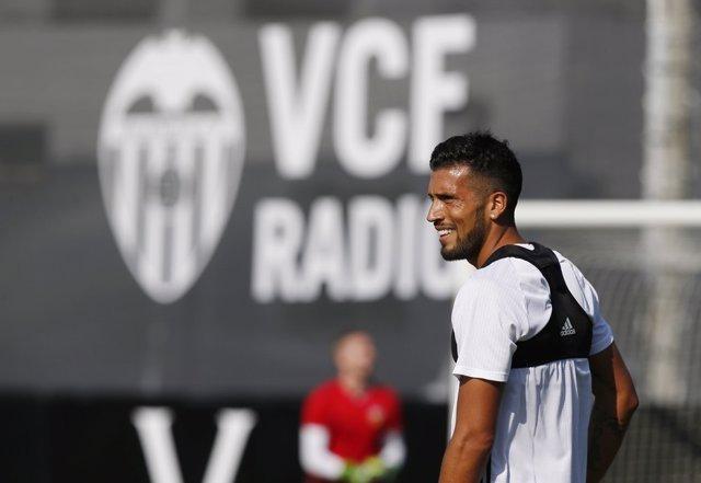 El central argentino del Valencia CF, Ezequiel Garay