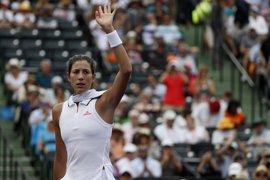 Muguruza y Arruabarrena pasan a tercera ronda y Carla Suárez cae en Miami