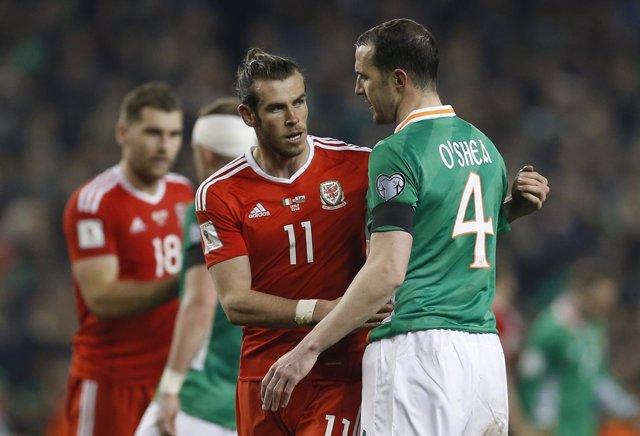 Gales empata con Irlanda