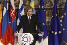 """Gentiloni pide a los líderes europeos """"coraje"""" para dejar a un lado """"absurdas divisiones"""""""