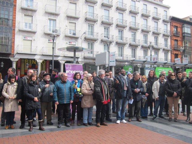 Valladolid. Acto De Podemos En Fuente Dorada