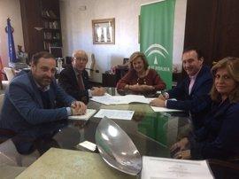 Voluntarios de la AECC ayudarán a pacientes oncológicos del Distrito Sanitario Jaén-Jaén Sur