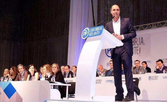 Ignacio Diego en el Congreso regional ddel PP cántabro
