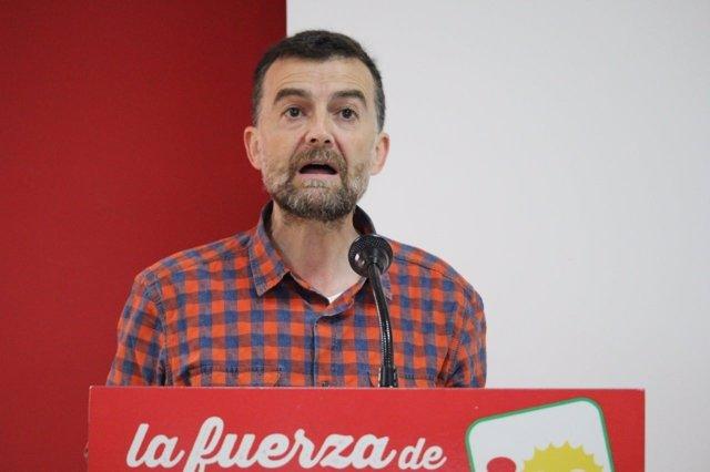 El coordinador general de IU Andalucía, Antonio Maíllo